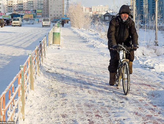 Sống trong trời lạnh -59 độ C, người dân Siberia vẫn thấy… mát nhẹ - ảnh 15