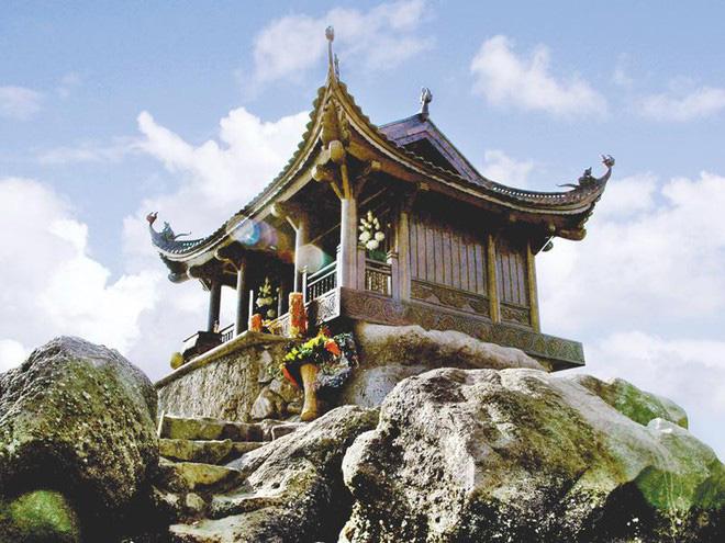 10 ngôi đền, chùa linh thiêng nhất miền Bắc nên đi lễ đầu năm 2020 để cầu bình an và may mắn - Ảnh 4.