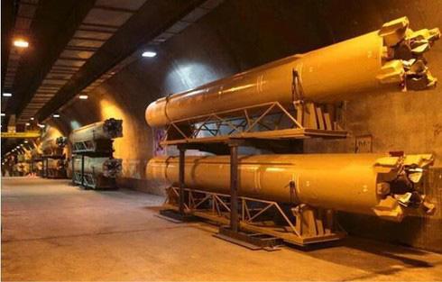 Vạn Lý Trường Thành tên lửa ngầm của Iran có gì mà Mỹ e sợ? - Ảnh 4.