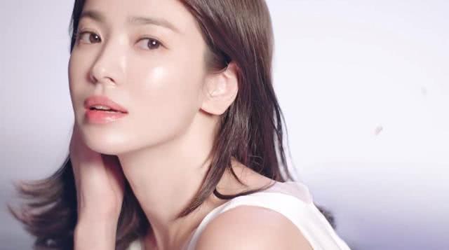 Hậu ly hôn Song Joong Ki, Song Hye Kyo hồi xuân, đẹp xuất sắc tới từng milimet   - Ảnh 7.