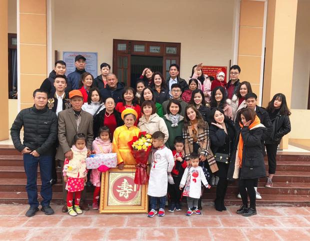 Tiếp nối trend khoe ảnh đại gia đình năm ngoái, dân mạng phát hiện ra 'kỷ lục' nhà có 407 thành viên đây này! - ảnh 9