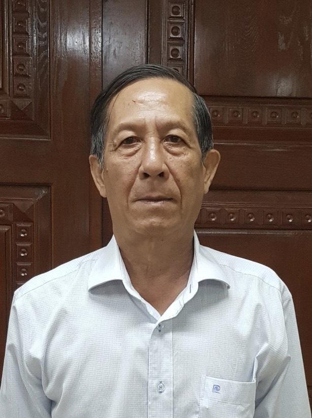 Khởi tố bị can, bắt tạm giam 2 nguyên Phó Chánh Văn phòng UBND TP.HCM - Ảnh 1.