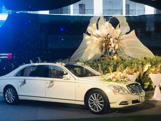 Lộ diện 2 nhân vật chính của siêu đám cưới Quảng Ninh, nhân viên nhà hàng tiết lộ chi phí tổ chức đám cưới lên đến 54 tỷ - Ảnh 4.