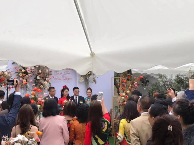 Lộ diện 2 nhân vật chính của siêu đám cưới Quảng Ninh, nhân viên nhà hàng tiết lộ chi phí tổ chức đám cưới lên đến 54 tỷ - Ảnh 7.