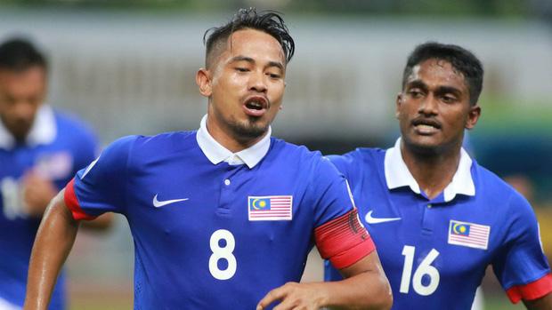 Tranh cãi việc huyền thoại Thái Lan đánh bại HLV Park Hang-seo ở đội hình tiêu biểu bóng đá Đông Nam Á của thập niên - Ảnh 9.