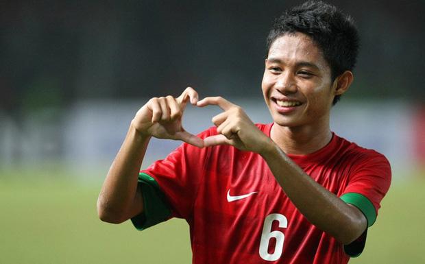 Tranh cãi việc huyền thoại Thái Lan đánh bại HLV Park Hang-seo ở đội hình tiêu biểu bóng đá Đông Nam Á của thập niên - Ảnh 10.