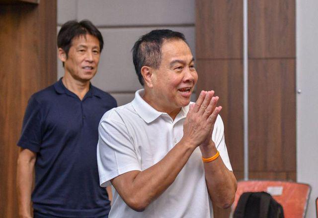 Bóng đá Thái Lan có biến: Chủ tịch LĐBĐ liên tục bị kiện, nguy cơ lớn phải ngồi tù - Ảnh 2.