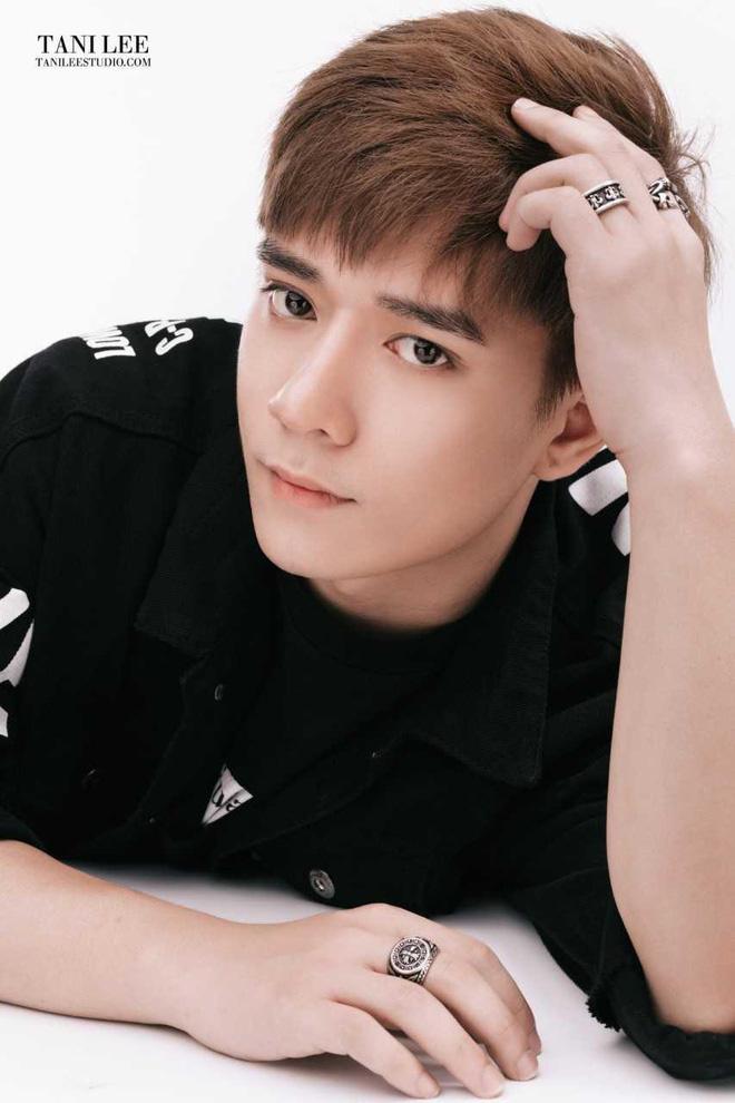 Nhật Phong gây chú ý V-Pop với Yêu một người tổn thương - Ảnh 2.