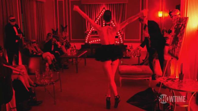 Thế giới trụy lạc của câu lạc bộ sex xa xỉ nhất hành tinh với người tham dự đều là những đại gia lắm tiền, nhiều của - Ảnh 1.