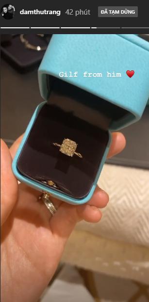 Lên tiếng về tin đồn bầu bí chưa bao lâu, Cường Đô La bất ngờ tặng nhẫn kim cương khủng cho bà xã - Ảnh 1.