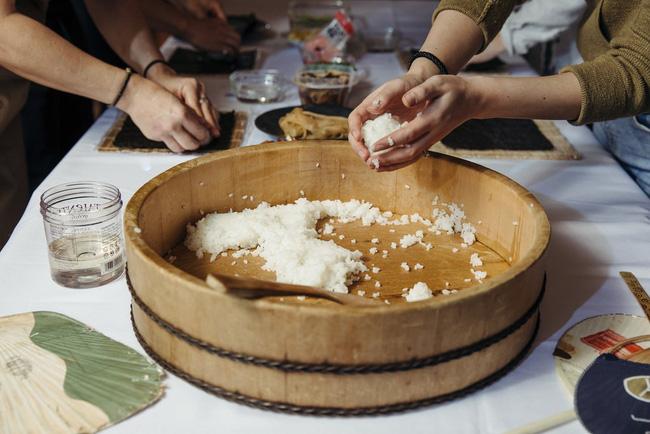 Người Nhật xa xứ níu giữ phong vị ngày Tết Oshogatsu suốt 4 thế hệ cùng những món ăn truyền thống - Ảnh 2.