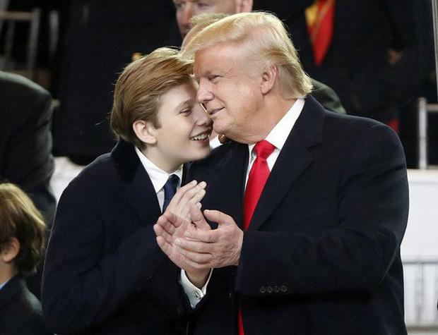 Barron Trump: Từ thiên thần sinh ra đã ngậm thìa bạc đến tiểu soái ca đốn gục trái tim hàng triệu người hâm mộ - Ảnh 7.