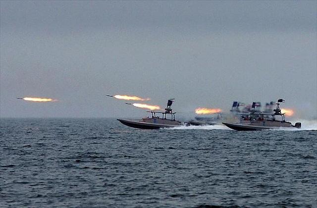 Hải quân Vệ binh Cách mạng Hồi giáo Iran tuyên bố trả thù cho tướng Soleimani  - Ảnh 1.