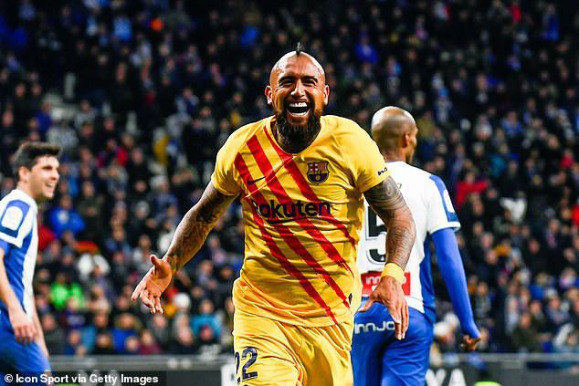 Espanyol 2-2 Barcelona: Barcelona bị cầm hòa trong trận derby Catalan - Ảnh 2.