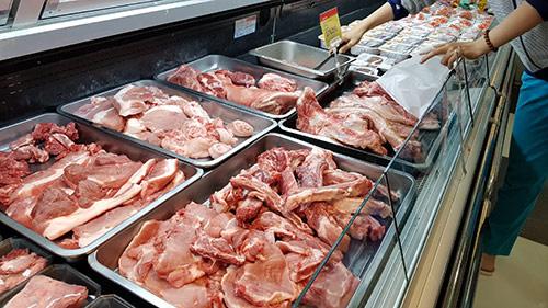 Choáng giá thịt lợn nhập từ Mỹ, Pháp, Đức... chỉ khoảng 26.000 đồng/kg - Ảnh 1.