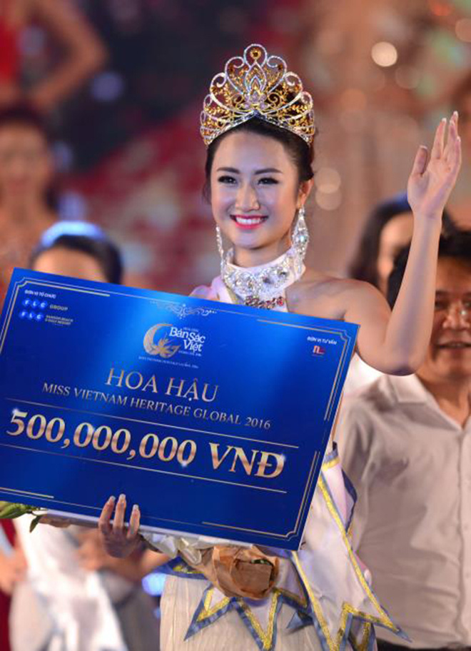 Đọ vẻ nóng bỏng của 3 hoa hậu Việt tuổi Tý - Ảnh 12.