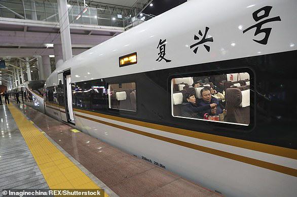Tàu hỏa cao tốc Trung Quốc chạy 350km/h, lái tự động, hỗ trợ 5G, sạc không dây, sửa bằng robot - Ảnh 7.