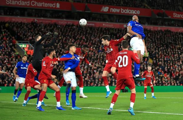Hot boy Nhật Bản Minamino đá trận ra mắt ở đội bóng mạnh nhất thế giới, siêu phẩm cứa lòng tuyệt đẹp giúp Liverpool đánh bại kẻ thù cùng thành phố - Ảnh 11.