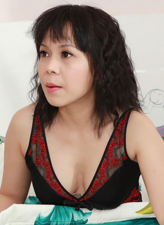 Hai cảnh nóng hiếm hoi nhưng đầy táo bạo trong sự nghiệp của Việt Hương - Ảnh 6.