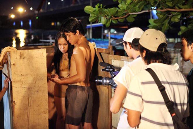 Hai cảnh nóng hiếm hoi nhưng đầy táo bạo trong sự nghiệp của Việt Hương - Ảnh 3.