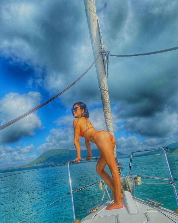 Nữ thần phim 18+ xứ Đài diện bikini 'bỏng rẫy' trên du thuyền - Ảnh 4.