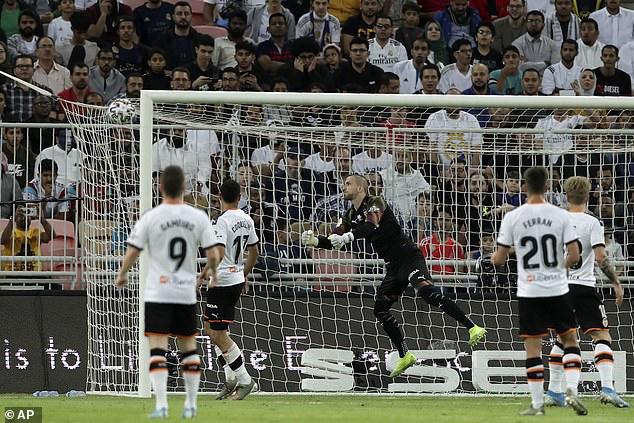 Valencia 1-3 Real Madrid: Real giành quyền vào chung kết Siêu cup Tây Ban Nha - Ảnh 1.
