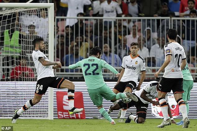 Valencia 1-3 Real Madrid: Real giành quyền vào chung kết Siêu cup Tây Ban Nha - Ảnh 2.
