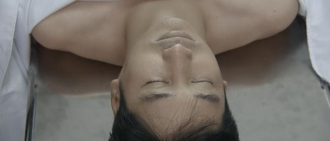 Hoa hồng trên ngực trái ngập nước mắt: Khuê tự tử, Thái chết - Ảnh 4.
