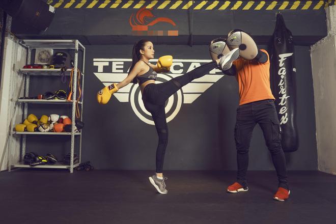 Nhà thiết kế Thùy Victory khoe vóc dáng gợi cảm ở phòng tập gym - Ảnh 6.