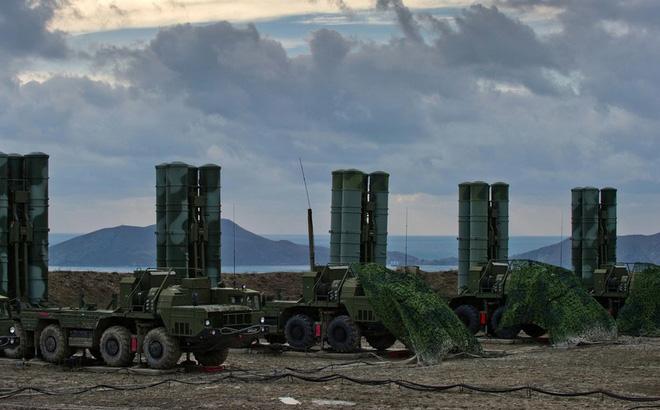 F-35 Mỹ đánh sập hệ thống tên lửa S-400 Nga: Không còn là nhiệm vụ bất khả thi? - Ảnh 2.