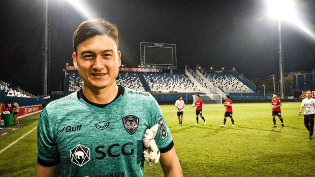 Đội bóng của Văn Lâm muốn mua 1 tiền vệ ngôi sao của Việt Nam: Phóng viên Thái Lan gọi tên Tuấn Anh - Ảnh 2.