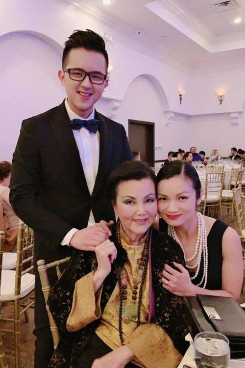 Việt Hương, Hồng Đào và dàn sao hải ngoại nô nức tham dự đám cưới của Xuân Lan tại Mỹ - Ảnh 4.