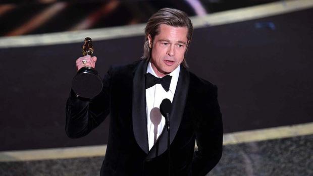 7 khoảnh khắc phát biểu đáng nhớ tại Oscar 2020: Chú Bong Parasite tỏ tình ngay trên sân khấu, Brad Pitt lầy lội cà khịa Tổng thống Trump - Ảnh 1.