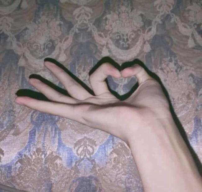 Xoắn não với cuộc thi tài lẻ của tay bạn - Trào lưu chỉ dành cho những người có ngón tay... đặc biệt - ảnh 2