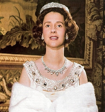 Cuộc hôn nhân của vua Bỉ và cô bé Lọ Lem: Không một mụn con sau 5 lần sảy thai, sóng gió bủa vây nhưng tình yêu chưa từng lung lay - Ảnh 3.