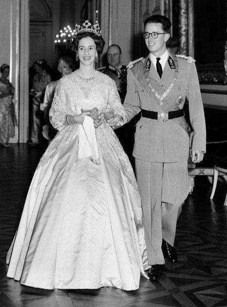 Cuộc hôn nhân của vua Bỉ và cô bé Lọ Lem: Không một mụn con sau 5 lần sảy thai, sóng gió bủa vây nhưng tình yêu chưa từng lung lay - Ảnh 4.