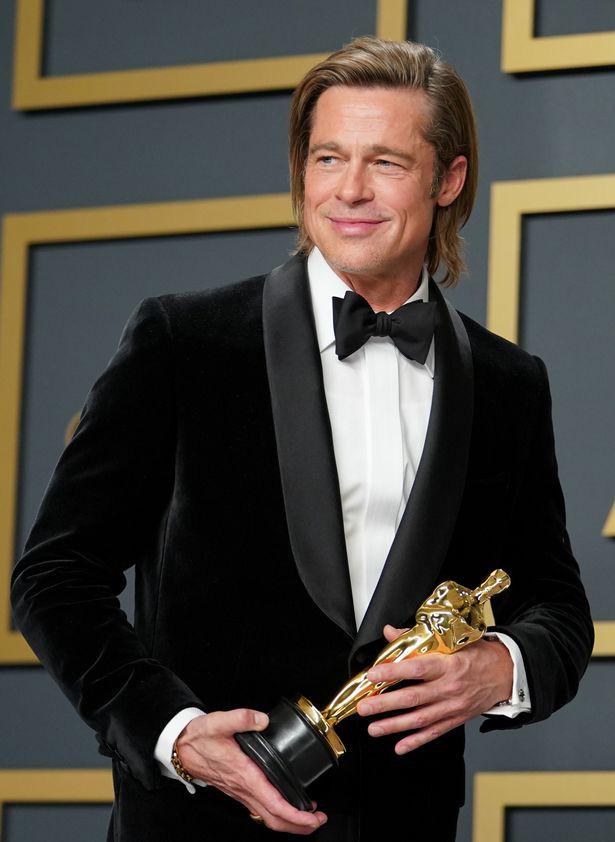 """Sau cuộc chạm mặt """"lich sử"""", Jennifer Aniston lại bí mật gặp gỡ chúc mừng Brad Pitt dù không có lịch trình tại Oscar năm nay - Ảnh 1."""