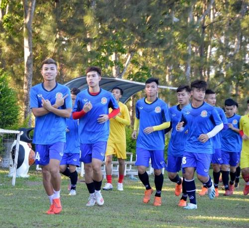 Bầu Đức chính thức đưa hàng loạt tuyển thủ U23 Việt Nam xuống chơi bóng tại giải Hạng Nhì - Ảnh 1.