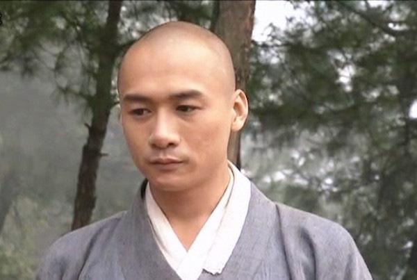 Hư Trúc Thiên long bát bộ: Làm lại cuộc đời sau khi đi tù, lấy vợ chân dài xinh đẹp? - Ảnh 2.