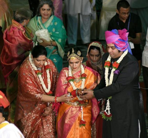 Lời nguyền hoàng gia đeo bám cả một gia tộc nổi tiếng suốt 400 năm và nàng dâu xinh đẹp bất ngờ phá giải mọi thứ - Ảnh 3.