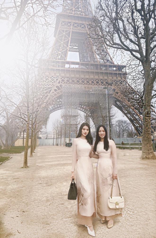 Xem hai mẹ con rich kid Jolie Nguyễn đi du lịch mà ai cũng phải ghen tị: đi vòng quanh châu Âu tận 5 nước, lên hình lung linh cả mẹ lẫn con - ảnh 2