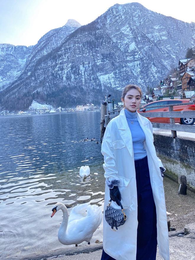 Xem hai mẹ con rich kid Jolie Nguyễn đi du lịch mà ai cũng phải ghen tị: đi vòng quanh châu Âu tận 5 nước, lên hình lung linh cả mẹ lẫn con - ảnh 6