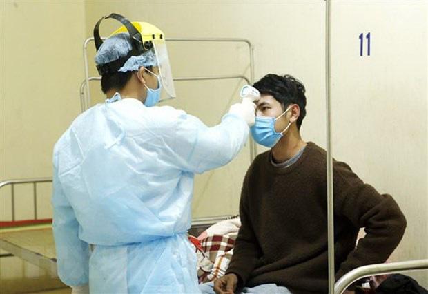 Diễn biến dịch Covid-19 tại Việt Nam: Điều trị khỏi cho 7 người - Ảnh 1.