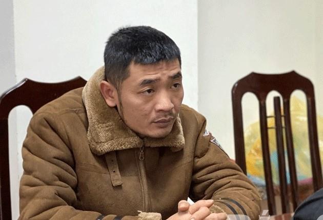 50 công an đột nhập sới bạc di động ở Bắc Giang, tạm giữ 17 người - Ảnh 1.