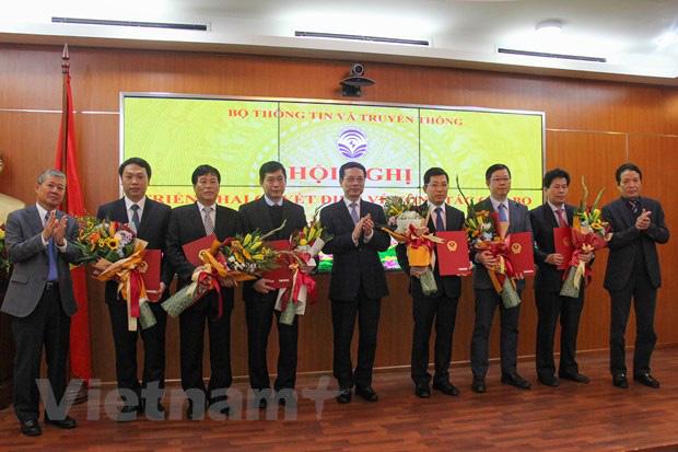 Bộ Thông tin Truyền thông điều động và bổ nhiệm 13 cán bộ lãnh đạo - Ảnh 1.