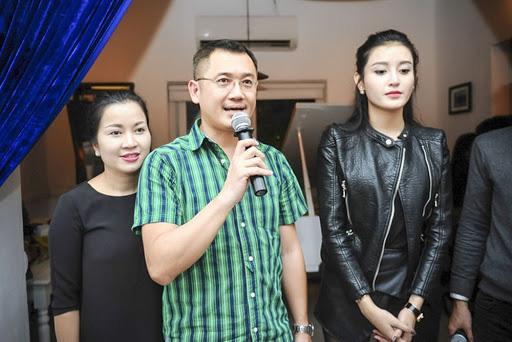 4 ông bố nổi tiếng phong độ của sao Việt đẹp trai như nghệ sĩ khiến fan lần nào nhìn thấy cũng trầm trồ không thôi - Ảnh 17.