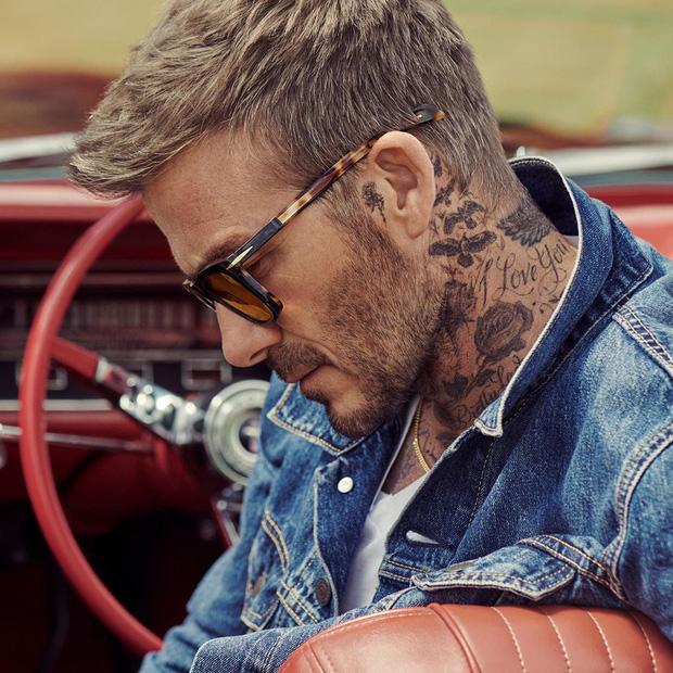 Chụp ảnh quảng cáo sương sương, nhưng ông chú David Beckham vẫn manly chết ngất, khiến đám đàn em còn phải chạy dài - Ảnh 1.