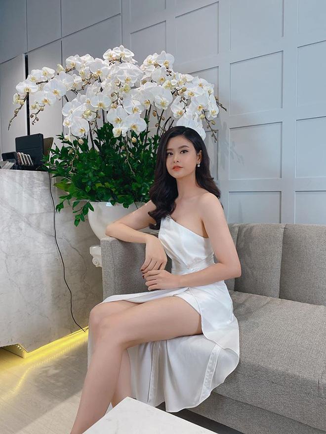 Gu ăn vận táo bạo của Trương Quỳnh Anh sau gần 3 năm ly hôn Tim - Ảnh 4.