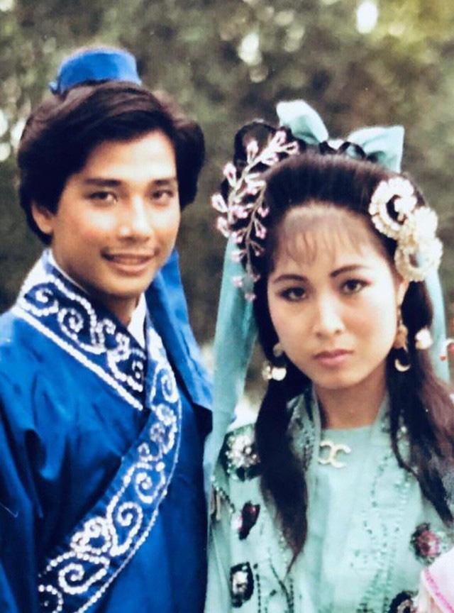 Món quà Valentine giản dị mà chồng Lê Tuấn Anh tặng Hồng Vân suốt 20 năm là gì? - Ảnh 3.