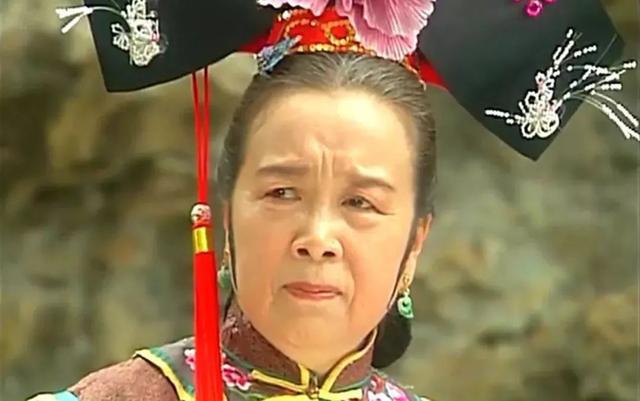 Cuộc sống tuổi U90 ít ai biết của Dung Ma Ma độc ác, thâm hiểm phim Hoàn Châu Cách Cách  - Ảnh 2.
